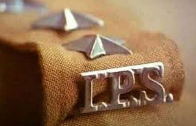 IPS-officers-allot-work-of-unit