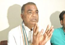 Congress-leader-Govind-Goyal-raises-questions-on-Kamal-Nath's-work