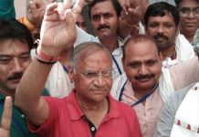 Gwalior--result-same-Even-after-39-years-Shejwalkar-again-defeated-singh