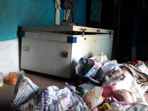 theif-stole-house-items-of-lakhs