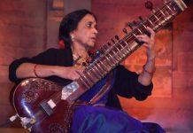 Tansen-celebration-commemorated--Veteran-sitar-Manju-Mehta