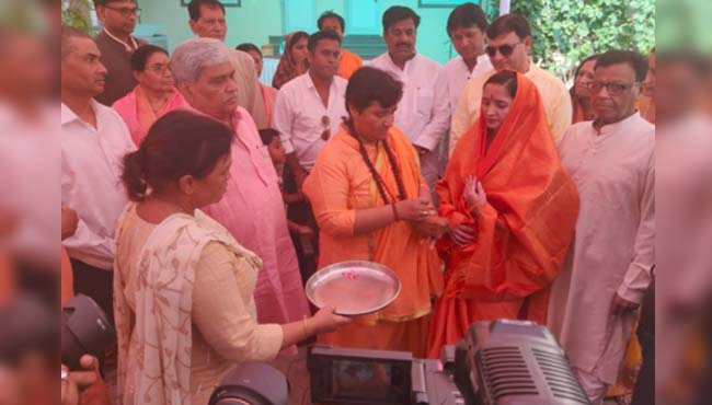 pragya-thakur-Nomination-withdrawn-from-Bhopal-Lok-Sabha-seat