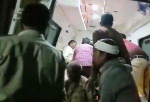 bus-overturn-in-hills-in-chindwara-four-dead