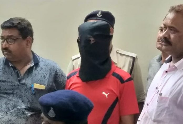 police-cook-arrested-in-case-of-rape-with-a-five-year-innocent
