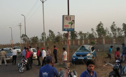 car-accident-on-dumna-airport-road