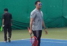 dhoni-played-tennis-