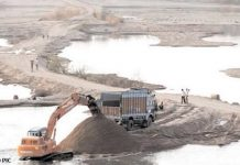 New-sand-policy--biggest-challenge-to-stop-mining-from-machines-in-Narmada
