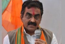 rakesh-singh-Speaking-on-the-statement-of-Sartaj-no-other-leader-like-Modi-is-in-the-country