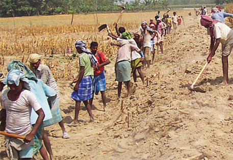 mnrega-wage-increase-in-mp-by-2-rupees