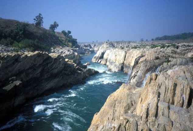 -Narmada-will-be-rejuvenated-on-the-lines-of-Ganga-for-making-DPR-meeting-on-31st-may