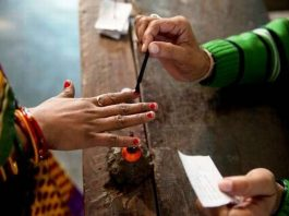 mp-election-re-polling-in-anuppur-mohri-polling-booth-on-first-december