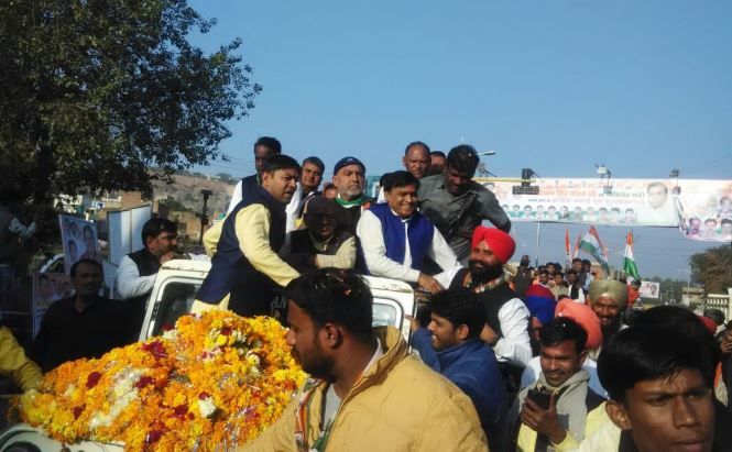 Minister-lakhan-ruckus-on-Gwalior-station