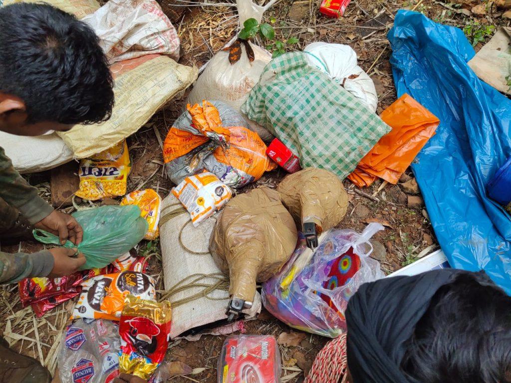 एक पखवाड़े के भीतर जिले में 3 नक्सली डम्फ बरामद