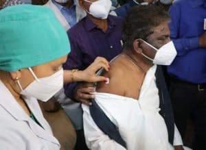 मध्यप्रदेश में आज से शुरु हुआ कोरोना वैक्सीन का दूसरा चरण, 60 साल की उम्र से ज्यादा वालों को लगेगा टीका