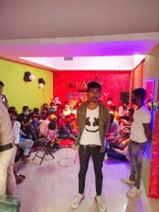 Betul में जन्मदिन मनाना पड़ा महंगा, 42 छात्रों पर चालानी कार्यवाही, कैफे 7 दिनों के लिए सील