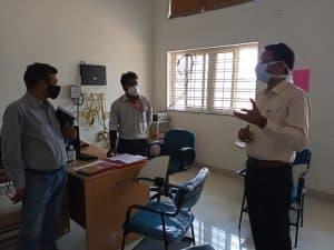 दतिया में कोविड कंट्रोल रूम पर उपस्थिति न देने के आरोप में दो शिक्षक, एक भृत्य निलंबित