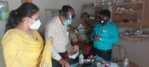 दमोह : झोलाछाप डॉक्टरों पर कार्यवाही, शहर में पांच अस्पताल सील किए गए