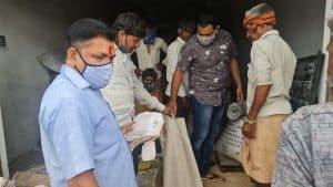 अलीराजपुर में राशन दुकानों पर हो रही थी हेराफेरी, विधायक मुकेश पटेलके निरीक्ष्ण के दौरान सामने आई सच्चाई