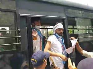 NSUI कार्यकर्ताओं ने किया फांसी लगाने का प्रयास!, पुलिस ने रोका गिरफ्तार किया