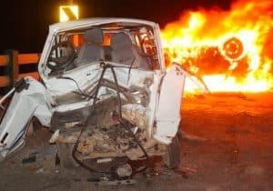 Gwalior News: तेज रफ्तार लक्जरी कार और मारुति वेन की टक्कर, दो की मौत, दो घायल
