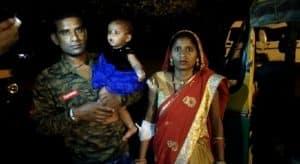 Gwalior: निलंबित सिपाही ने कई लोगों को किया घायल, स्थानीय लोगों ने कार सहित पकड़ा
